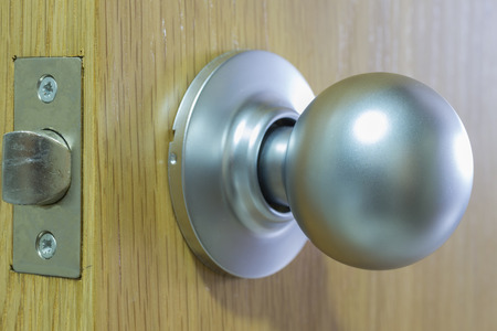 the handle: Manejar.