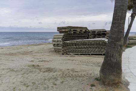 municipal utilities: Folding wooden walkways.