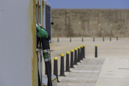 autonomia: Gasolinera.