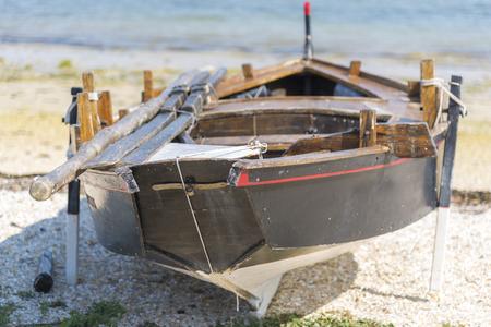 海岸のボート。 写真素材 - 97270844