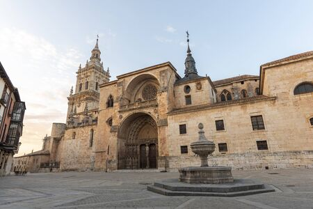Cathedral of El Burgo de Osma (Soria, Spain). 版權商用圖片