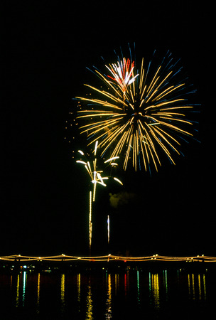 Massive fireworks display in Tempe Arizona for New Years Eve. Imagens