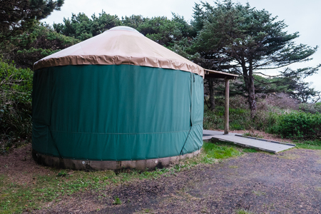 campground: Green camping (or glamping) yurt on the Oregon Coast at a beach campground. Stock Photo