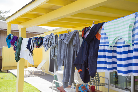 Clothesline of clothes drying in the sun on Oahu Hawaii. 版權商用圖片