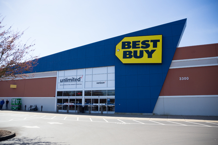 SPRINGFIELD, OR - MARCH 31, 2017: Retail storefront and sign for Best Buy at the Gateway Mall in Springfield Oregon.