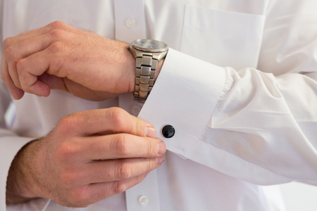 cuff: Groom Wearing Cuff Links