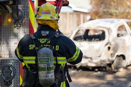 Incidente de pistolero incendiario en Springfield, Oregón, 27 de octubre