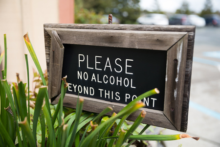 Please No Alcohol Beyond This Point Sign Stok Fotoğraf - 124070199