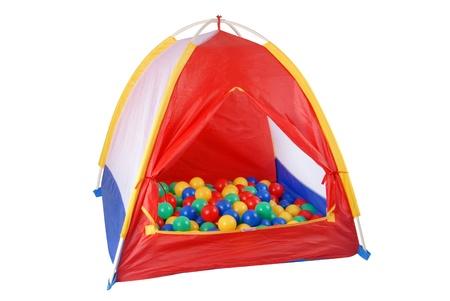 Dit is een kleurrijke geïsoleerde tent speelgoed met kleurrijke ballen.