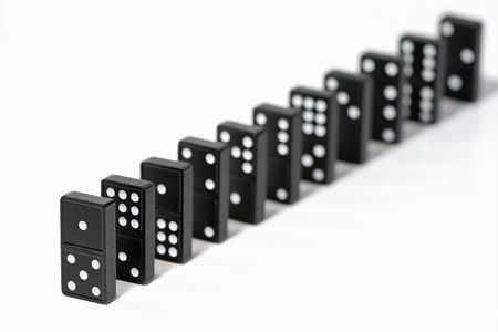 ontbering: Lined up dominostenen