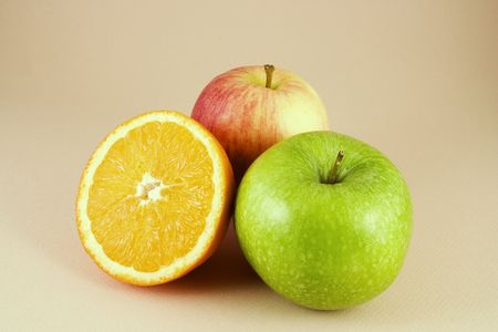 Two apples and an orange Stock Photo - 2252678
