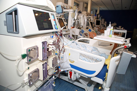 renal: Hemodialysis, hemodiafiltration at ICU (intensive care unit), replacement of renal function, life threatening patient