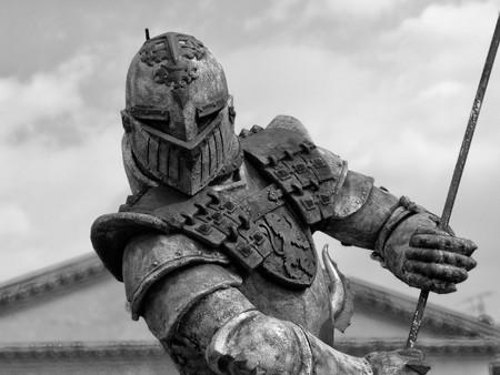 vikingo: Una poderosa armadura mostr� cerca de arena de Verona  Foto de archivo