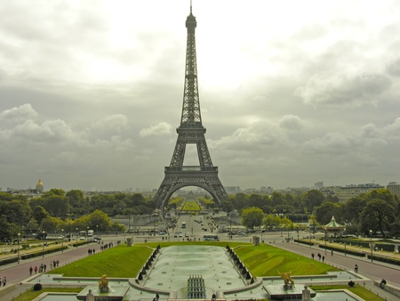 View of Eiffel Tower in Paris, France Stock Photo - 9607791