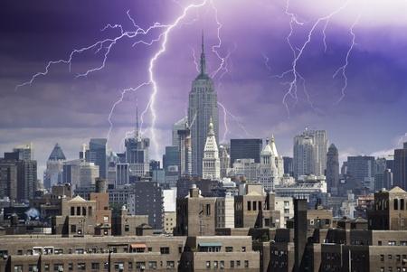 Storm approaching New York City, U.S.A. Stock Photo - 9607825