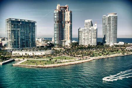Letecký pohled na Miami Beach, Florida, Spojené státy americké