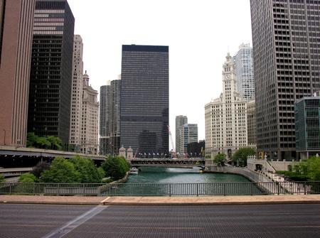 Bridge and Buildings in Chicago, Illinois Stock Photo - 13357906