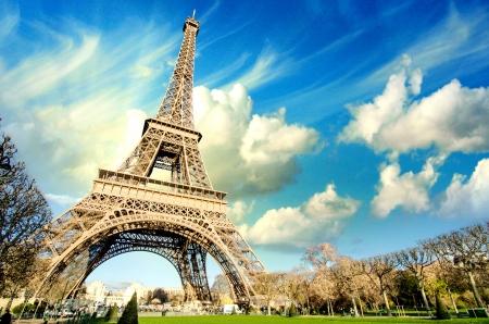 Eiffelova věž sláva na chladném a slunečný zimní den v Paříži, Francie Reklamní fotografie