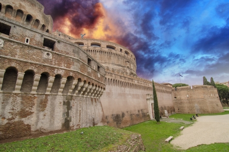 A view of the fortress of Castel Santangelo in Rome - Italy Stock Photo - 15670310
