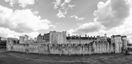 Tower of London, wideangle view - UK Stock Photo - 16206220