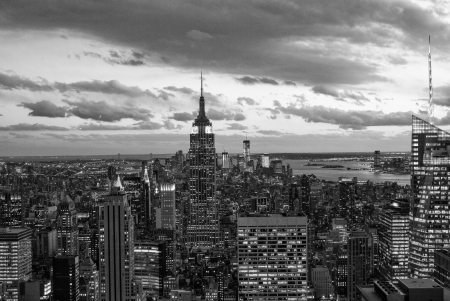 hudson river: Black and White view of Manhattan Skyline, New York City Stock Photo