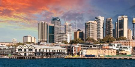Gratte-ciel de Sydney à Port Jackson - Australie Banque d'images