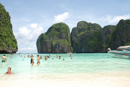 Phi Phi Don was initially populated by Muslim fishermen during the late 1940s, and later became a coconut plantation