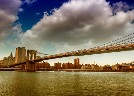 Amazing sunset colors over New York Cityscape and Brooklyn Bridge Stock Photo - 18086117