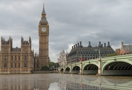 the palace of westminster: Beautiful view of Westminster Palace and Bridge with reflection in Thames River