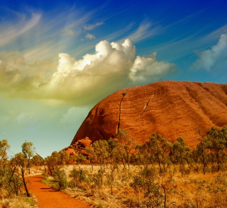 australia farm: Wonderful Outback colors in Australian Desert.