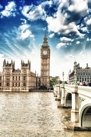 Chambres du Parlement, Palais de Westminster - architecture gothique de Londres - Royaume-Uni