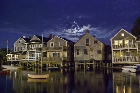 cape cod style: Huizen over Water op Nantucket Coastline, Massachusetts Stockfoto