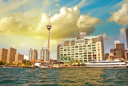 building cn tower: Beautiful skyline of Toronto from Lake Ontario - Canada.