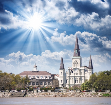 quarter horse: Sunset over New Orleans. Beautiful view of St Louis Cathedral. Editorial