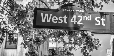 42nd: 42nd street sign in Manhattan, New York City.