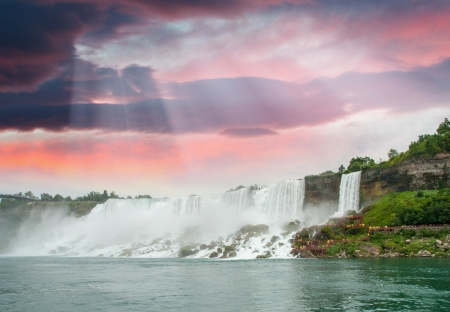 the magnificence: Magnificence of Niagara Falls. Wonderful colors of nature.