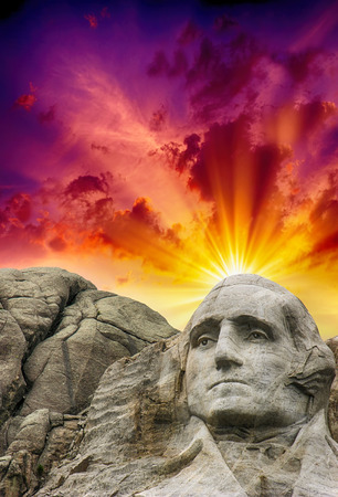 mount jefferson: Mount Rushmore National Monument in South Dakota. Summer sunset with colourful sky. Stock Photo