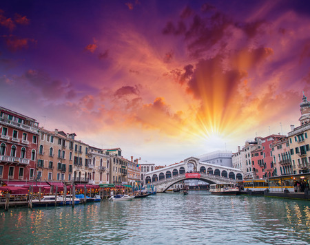 terrific: Terrific view of Rialto Bridge from Grand Canal in Venice.