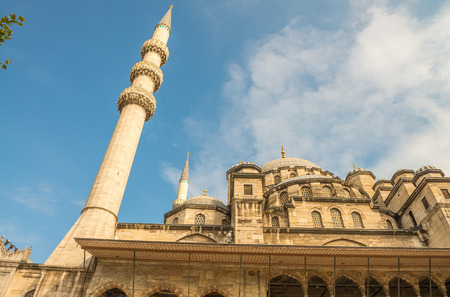 eminonu: Yeni Mosque, New Mosque or Mosque of the Valide Sultan, Istanbul, Turkey.