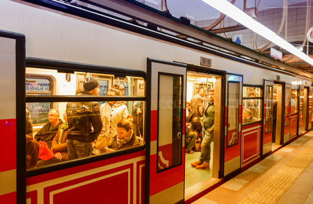 tunel: ISTANBUL - OCTOBER 27, 2014: Istanbul tunnel train in Beyoglu. This one-stop funicular climbs the steeply uphill for 500 meters from Karakoy to Tunnel Square.