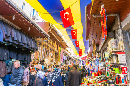 kapalicarsi: ISTANBUL, SEP 22: People shopping in the Grand Bazar in Istanbul, Turkey, one of the largest covered markets in the world, Istanbul, September 22, 2014.