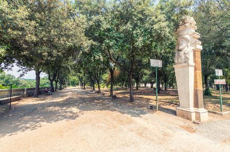 esculapio: Parque de Villa Borghese, en Roma.
