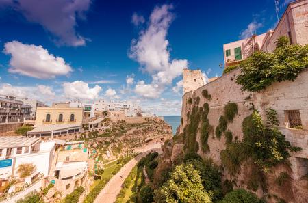 yegua: Polignano a Mare, Apulia ..