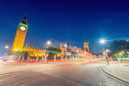 parliament square: Stunning night view of Big Ben and Westminster Palace from Parliament Square, London - UK.