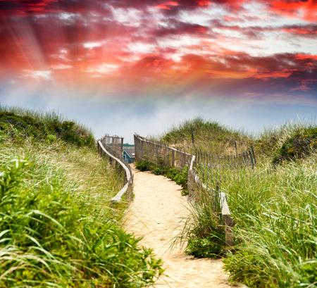 passage: Passage to the beach.