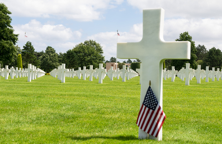 omaha: White crosses in American Cemetery, Coleville-sur-Mer, Omaha Beach, Normandy, France