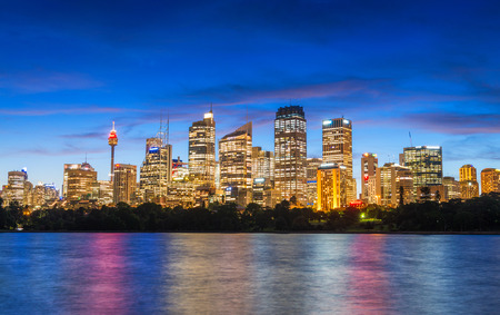 Wonderful night skyline of Sydney, Australia. 免版税图像