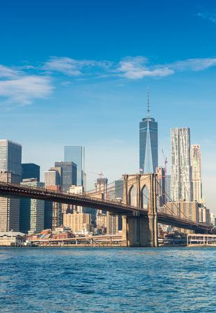 brooklyn bridge: Brooklyn Bridge in New York on a sunny day.