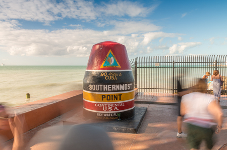 southernmost: Tourists moving along Southernmost Point, Key West - Florida.
