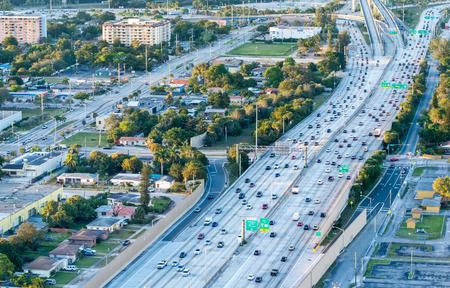 interstate: Metropolis interstate aerial traffic.
